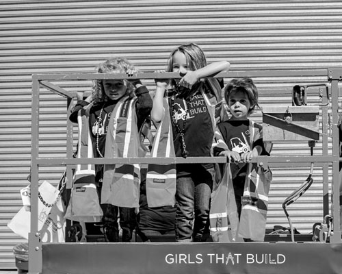 Girls That Build